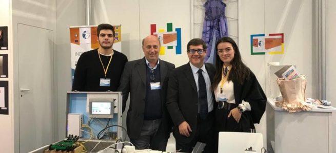 """JOB&Orienta: il Sottosegretario Salvatore Giuliano visita lo stand del """"L. Da Vinci – Agherbino"""""""