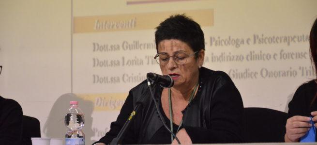 IL CYBERBULLISMO SPIEGATO AI GENITORI di Guillermina Carnicina [Foto]