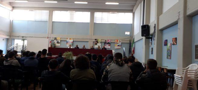 """Incontro con l'autore Donato Ritella presso l'IIS """"Da Vinci – Agherbino"""""""